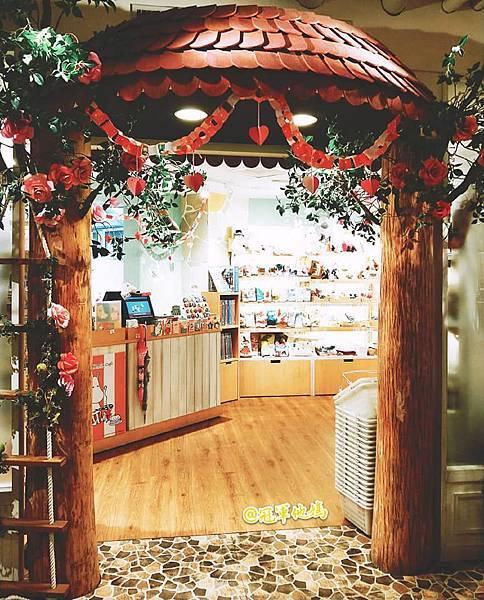 Moomin Cafe 嚕嚕米主題餐廳 網美餐廳 網美打卡 打卡餐廳 親子友善餐廳 嚕嚕米餐廳 台北東區 忠孝復興 忠孝敦化 大安20.jpg