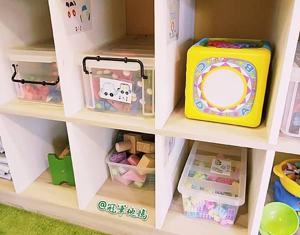 英國BabySensory親子教育-PCT童樂匯 感統遊樂區 寶寶感統課程 感覺統合 五感發展 寶寶發展 嬰幼兒發展 寶寶音樂課 寶寶燈光秀12.jpg