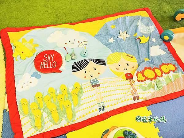 英國BabySensory親子教育-PCT童樂匯 感統遊樂區 寶寶感統課程 感覺統合 五感發展 寶寶發展 嬰幼兒發展 寶寶音樂課 寶寶燈光秀19.jpg