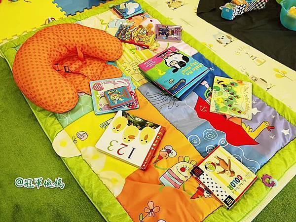英國BabySensory親子教育-PCT童樂匯 感統遊樂區 寶寶感統課程 感覺統合 五感發展 寶寶發展 嬰幼兒發展 寶寶音樂課 寶寶燈光秀20.jpg