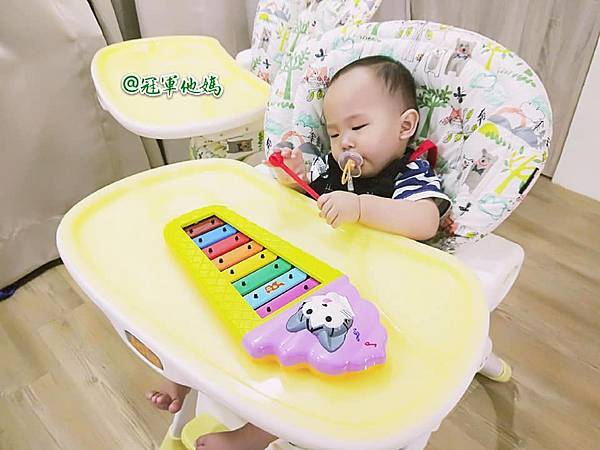 英國BabySensory親子教育-PCT童樂匯 感統遊樂區 寶寶感統課程 感覺統合 五感發展 寶寶發展 嬰幼兒發展 寶寶音樂課 寶寶燈光秀85.jpg