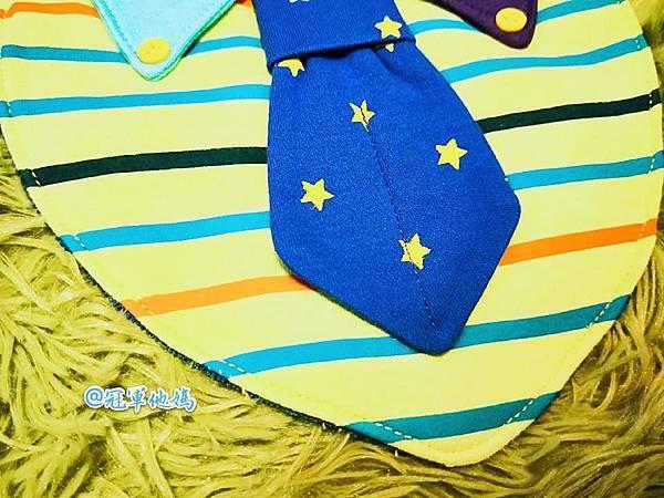 Doris Ann 朵麗絲安 網拍 親子裝 親子泳裝 包屁衣 寶寶衣服 寶寶穿搭 連身裝 套裝 女裝 哺乳衣 大安沙雕 暑假玩水 臺中沙雕 台中 玩沙 東石 嘉義 漁人碼頭 圍兜04.jpg