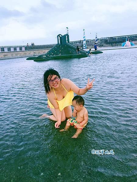 Doris Ann 朵麗絲安 網拍 親子裝 親子泳裝 嘉義東石 玩水 漁人碼頭 女裝 哺乳衣06.jpg