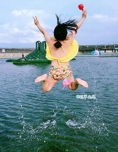 Doris Ann 朵麗絲安 網拍 親子裝 親子泳裝 嘉義東石 玩水 漁人碼頭 女裝 哺乳衣16.jpg