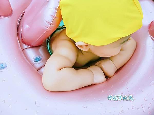 Doris Ann 朵麗絲安 網拍 親子裝 親子泳裝 包屁衣 寶寶衣服 寶寶穿搭 連身裝 套裝 女裝 哺乳衣 大安沙雕 暑假玩水 臺中沙雕 台中12.jpg