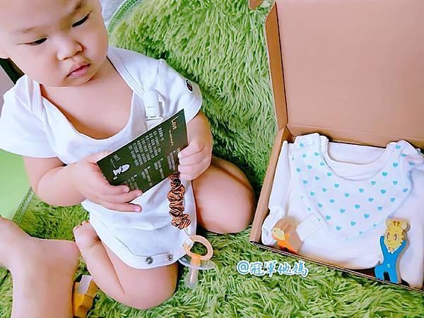 DaddyBrown 恩典寶寶 布朗老爹 會長大的包屁衣 嬰幼兒 內著 寶寶睡衣 連身裝 嬰兒 圍兜 口水巾 奶嘴鍊03.jpg