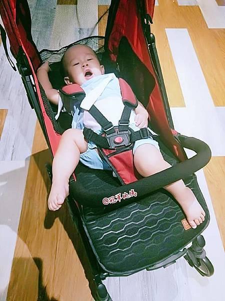 DIDI From Taiwan 高景觀嬰兒推車 高景觀推車 歐系推車 嬰兒手推車 Zachary 輕量型推車 台北輕旅行 臺北輕旅行 推車試用 開箱 實測 推薦82.jpg