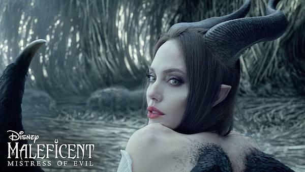 梅菲瑟 Maleficent 瑪列菲森 那達生 黑巫婆 魔莉妃 梅爾菲森特 睡美人 迪士尼 Disney 奧羅拉 英格麗 奧蘿拉 Aurora 愛洛公主09.jpg