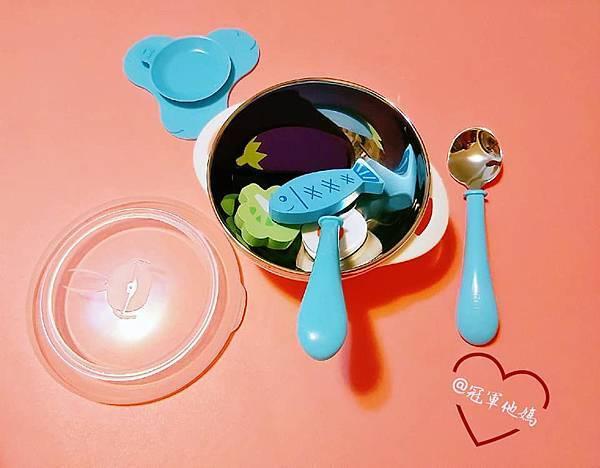 寶寶餐碗推薦Expect 傳佳知寶BERZ三件組學習吸盤碗托嬰中心幼兒園 三色碗 副食品 學習餐碗 寶寶餐具08.jpg