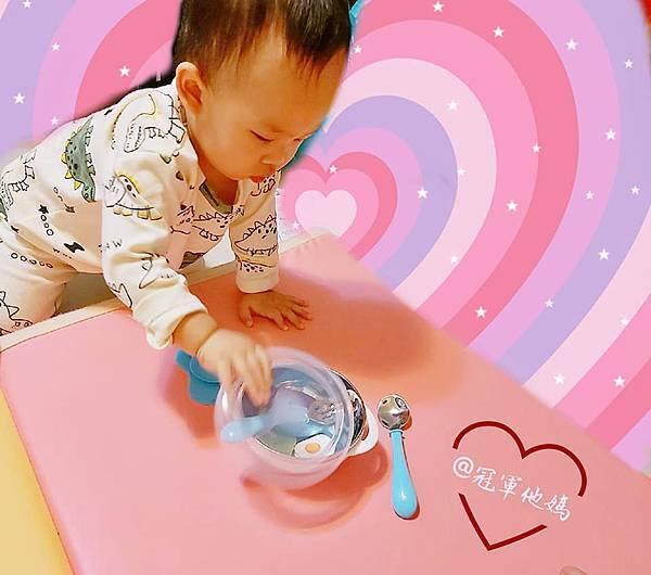 寶寶餐碗推薦Expect 傳佳知寶BERZ三件組學習吸盤碗托嬰中心幼兒園 三色碗 副食品 學習餐碗 寶寶餐具17.jpg