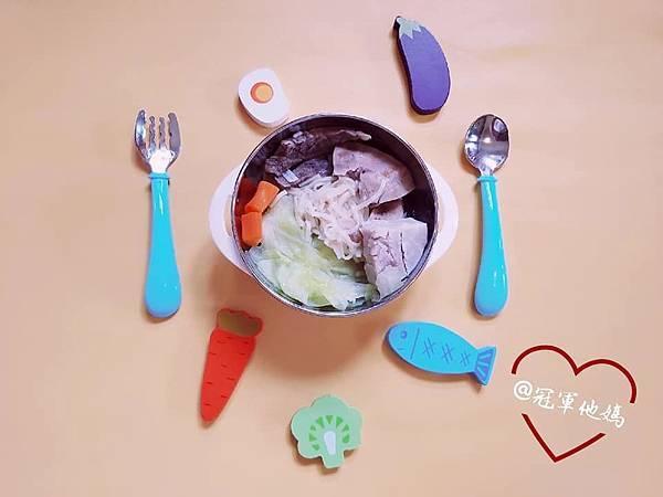 寶寶餐碗推薦Expect 傳佳知寶BERZ三件組學習吸盤碗托嬰中心幼兒園 三色碗 副食品 學習餐碗 寶寶餐具19.jpg