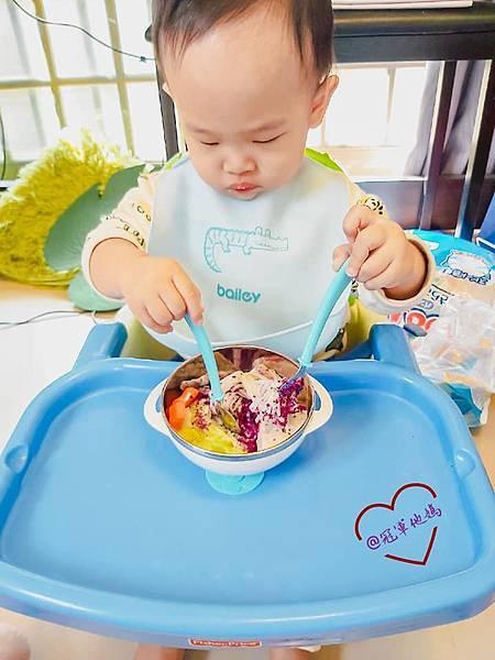 寶寶餐碗推薦Expect 傳佳知寶BERZ三件組學習吸盤碗托嬰中心幼兒園 三色碗 副食品 學習餐碗 寶寶餐具26.jpg
