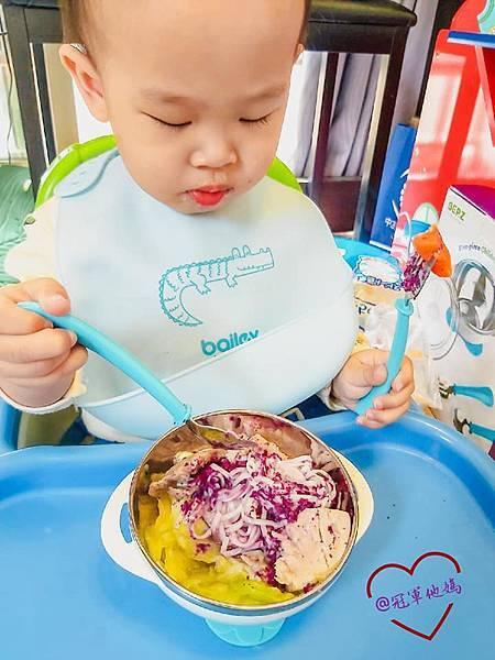 寶寶餐碗推薦Expect 傳佳知寶BERZ三件組學習吸盤碗托嬰中心幼兒園 三色碗 副食品 學習餐碗 寶寶餐具23.jpg