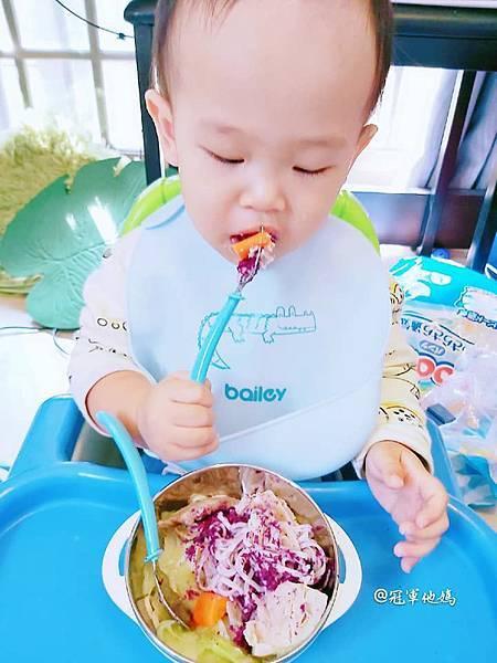 寶寶餐碗推薦Expect 傳佳知寶BERZ三件組學習吸盤碗托嬰中心幼兒園 三色碗 副食品 學習餐碗 寶寶餐具28.jpg