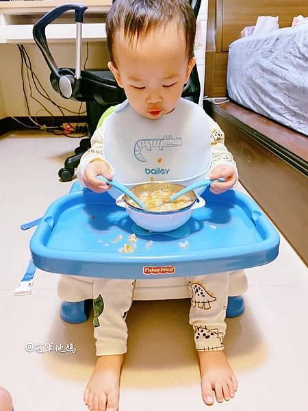 寶寶餐碗推薦Expect 傳佳知寶BERZ三件組學習吸盤碗托嬰中心幼兒園 三色碗 副食品 學習餐碗 寶寶餐具22.jpg