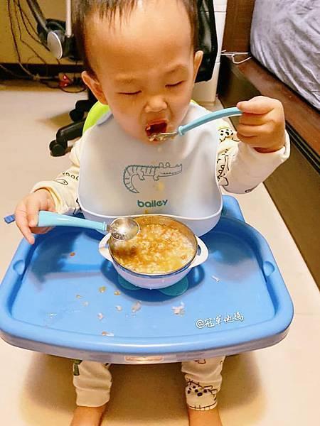 寶寶餐碗推薦Expect 傳佳知寶BERZ三件組學習吸盤碗托嬰中心幼兒園 三色碗 副食品 學習餐碗 寶寶餐具21.jpg