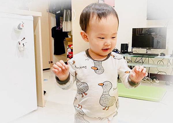 Fisher Price 費雪 LINKIMALS聯萌家族 費雪玩具 玩具推薦 優質玩具 奇哥 奇哥總代理 周歲送禮 週歲送禮 生日禮物 聖誕禮物 寶寶玩具 聲光玩具 套圈圈 益智玩具 故事機 聲光玩具組15.jpg