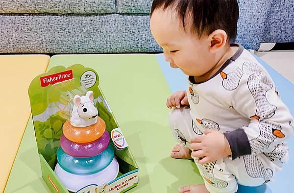 Fisher Price 費雪 LINKIMALS聯萌家族 費雪玩具 玩具推薦 優質玩具 奇哥 奇哥總代理 周歲送禮 週歲送禮 生日禮物 聖誕禮物 寶寶玩具 聲光玩具 套圈圈 益智玩具 故事機 聲光玩具組11.jpg