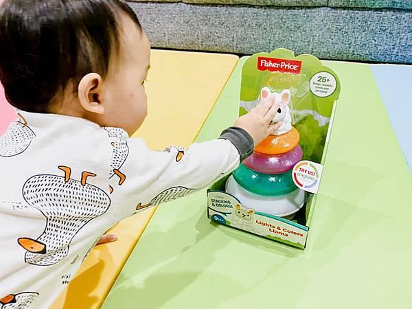 Fisher Price 費雪 LINKIMALS聯萌家族 費雪玩具 玩具推薦 優質玩具 奇哥 奇哥總代理 周歲送禮 週歲送禮 生日禮物 聖誕禮物 寶寶玩具 聲光玩具 套圈圈 益智玩具 故事機 聲光玩具組10.jpg