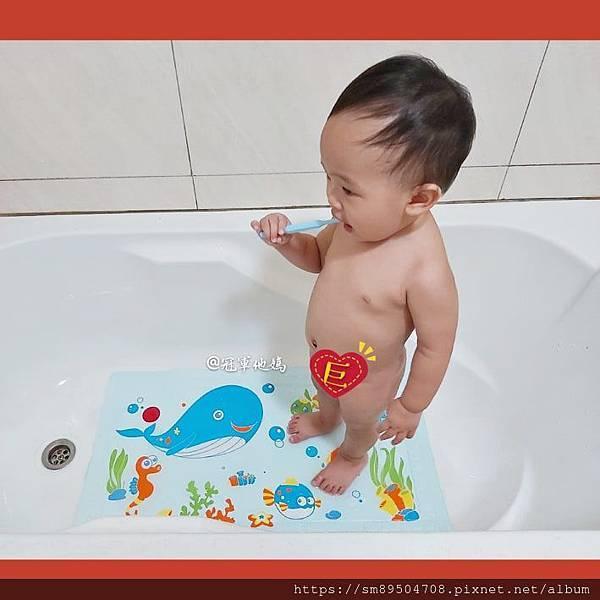 Expect傳佳知寶 嬰幼兒用品 嬰幼兒用品推薦 寶寶用品 寶寶用品推薦 嬰兒用品推薦 嬰兒用品清單2020 浴室止滑 止滑墊 浴缸止滑墊 防滑墊 防滑地墊 智能感溫地墊99.jpg