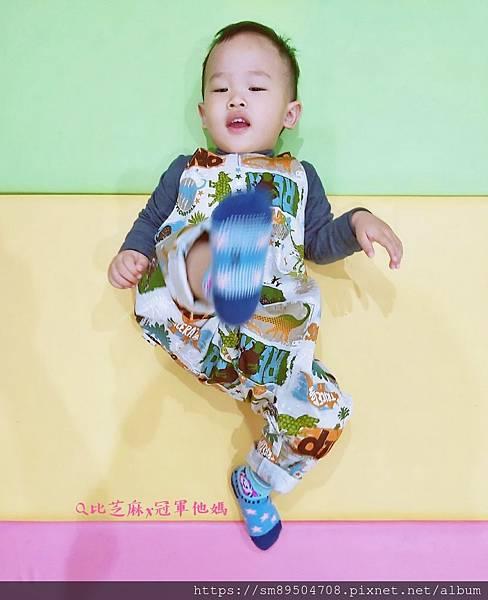 Q比芝麻 Q比寶貝芝麻 Q比芝蔴 暖心幸福手作 嬰兒圍兜 寶寶吊帶褲 帽子兜兜 手作寶寶服飾 _7.jpg