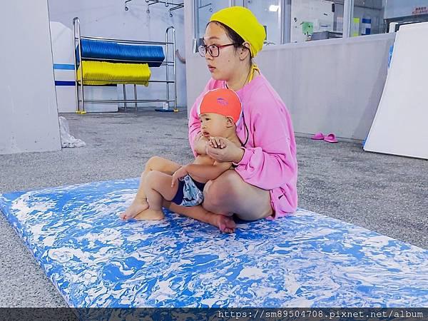 伊藤萬 萬華分校 板橋海山 寶寶游泳課 嬰兒游泳 嬰幼兒游泳 泳裝 潑寶 寶寶泳衣 splash_2005_43.jpg