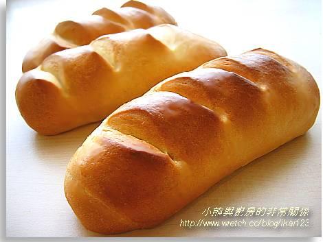 絲絲牛奶麵包