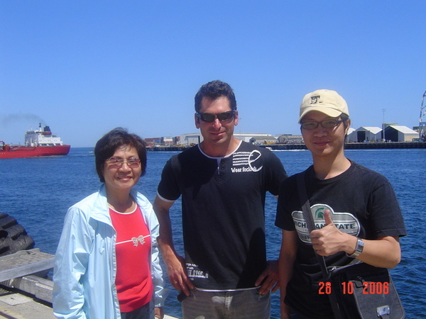 老媽  哥哥  和 gennaro