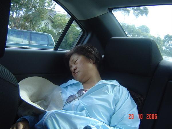 老媽睡攤ㄌ