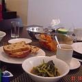 gennaro 和我老母 和他老母 大家合煮 中西合併的早餐