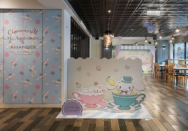 咖啡廳內還特別設計了適合小朋友身高的拍照區,讓親子留下美好回憶.jpg