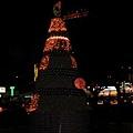 水果塔似的耶誕樹,很討喜