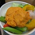 吃喝-72 這沙拉的醬,是南瓜泥!這樣很清爽很好吃耶~