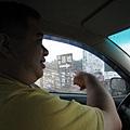 20080902-1-04 到了高美溼地,卻懶得下車 XD