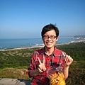 20100119-053 王伯伯,你的大拇指好像方向怪怪的?