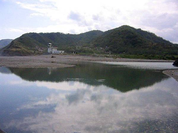 水璉溪口的湖