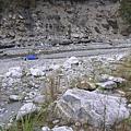 一層層的河床