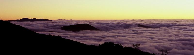 稜東 雲瀑