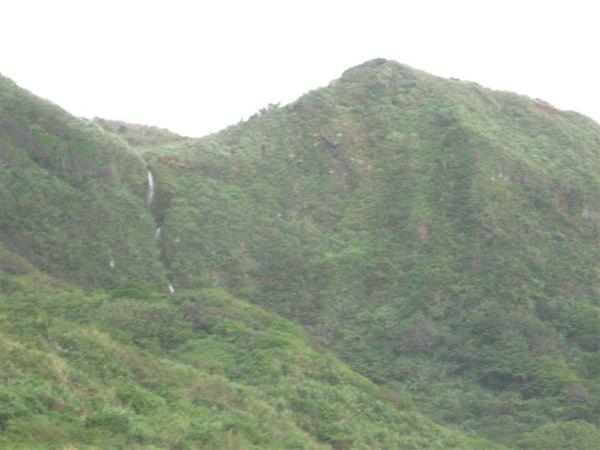 這應該是離海最近的瀑布之ㄧ了吧
