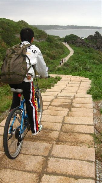 整段步道都很適合騎單車, 除了這一段階梯