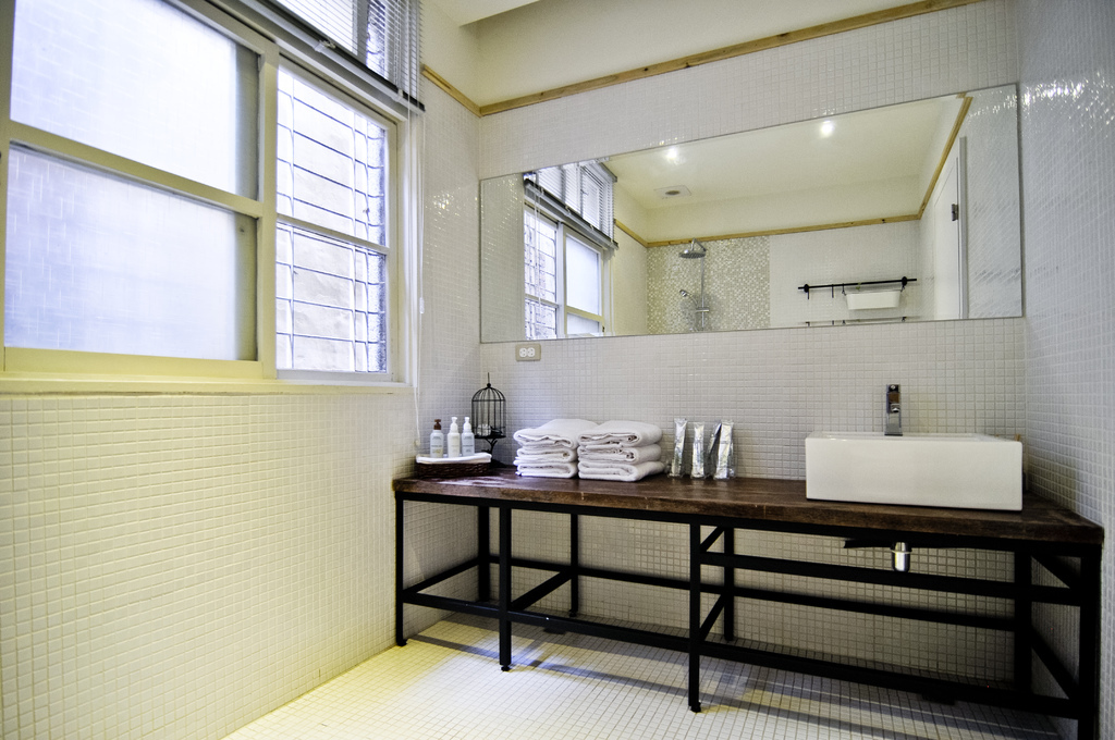 1F備有兩套乾淨清爽的衛浴設備