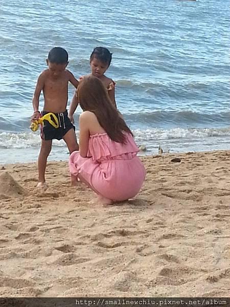 海灘上的背殺