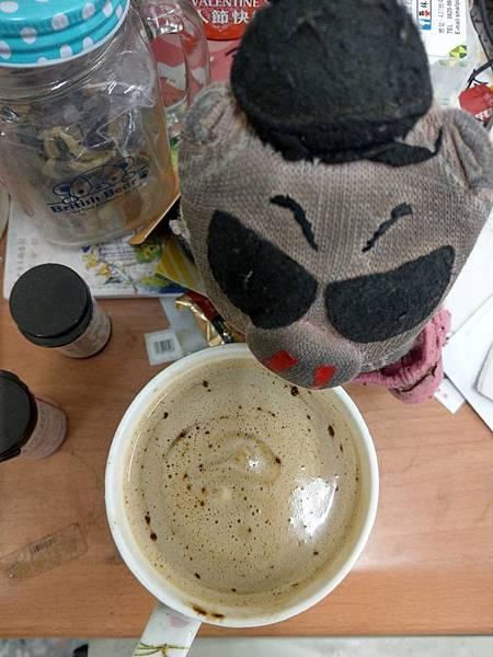 美安拿鐵咖啡.jpg
