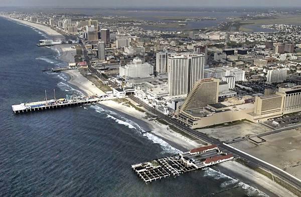 Atlantic_City,_aerial_view.jpg