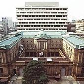 33日本銀行總行本館.jpg