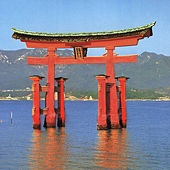 74Torii Gate日本鳥居.jpg