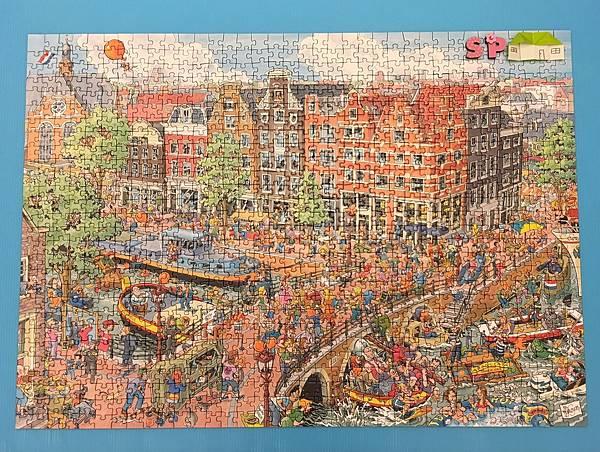 240Ravensburger-Amsterdam-1000pcs.JPG