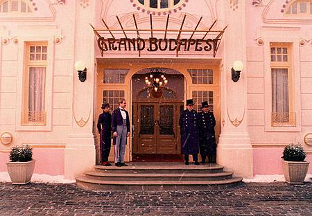 movies-the-grand-budapest-hotel-still-04.jpg