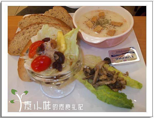 品味昇活 鄉村麵包濃湯拼盤 台中素食蔬食食記.jpg