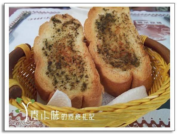 麵包 (但以理21)  台中素食蔬食餐廳.jpg